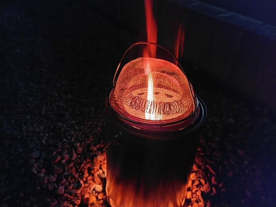 二次燃焼ウッドストーブの材料